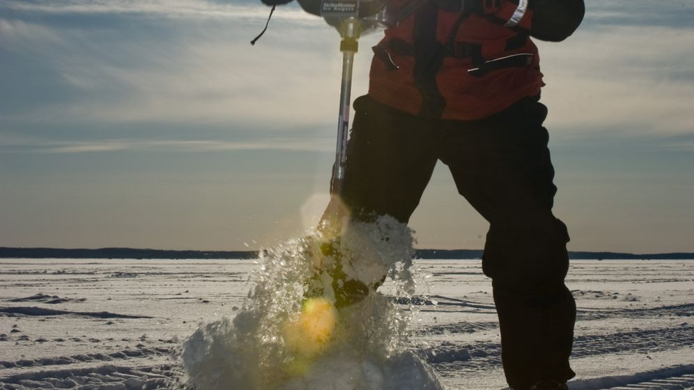 Ontario: Fischen auf dem Eissee