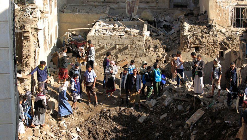 Spuren des Luftangriffs in Sanaa