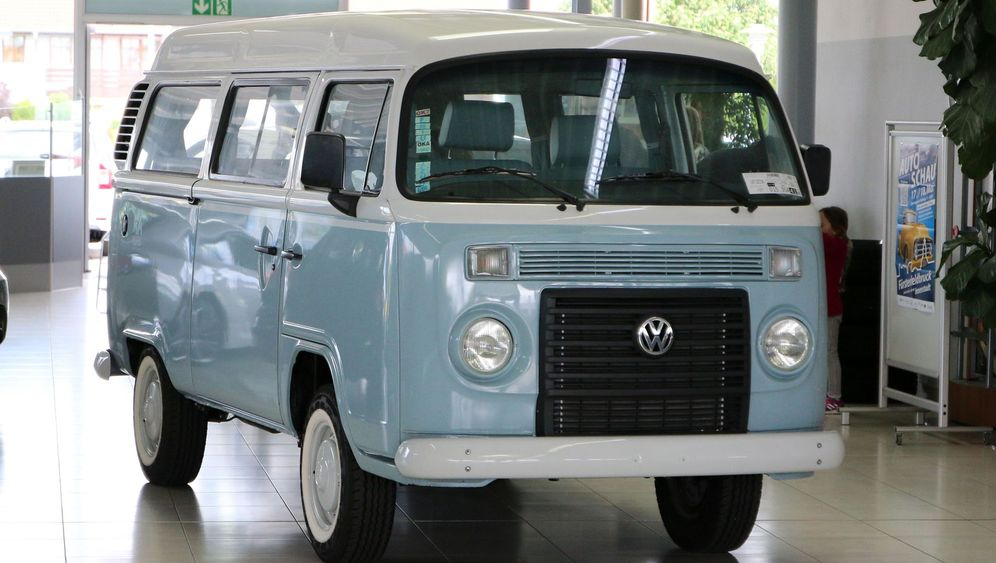 VW Bulli T2: Fabrikneuer Oldie