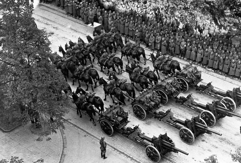 AUFMACHER Reparationsforderungen/ Ausbruch des Zweiten Weltkriegs