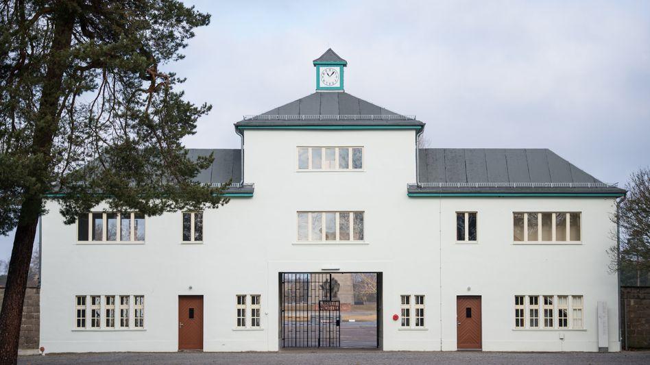 Haupteingang zum ehemaligen Konzentrationslager Sachsenhausen