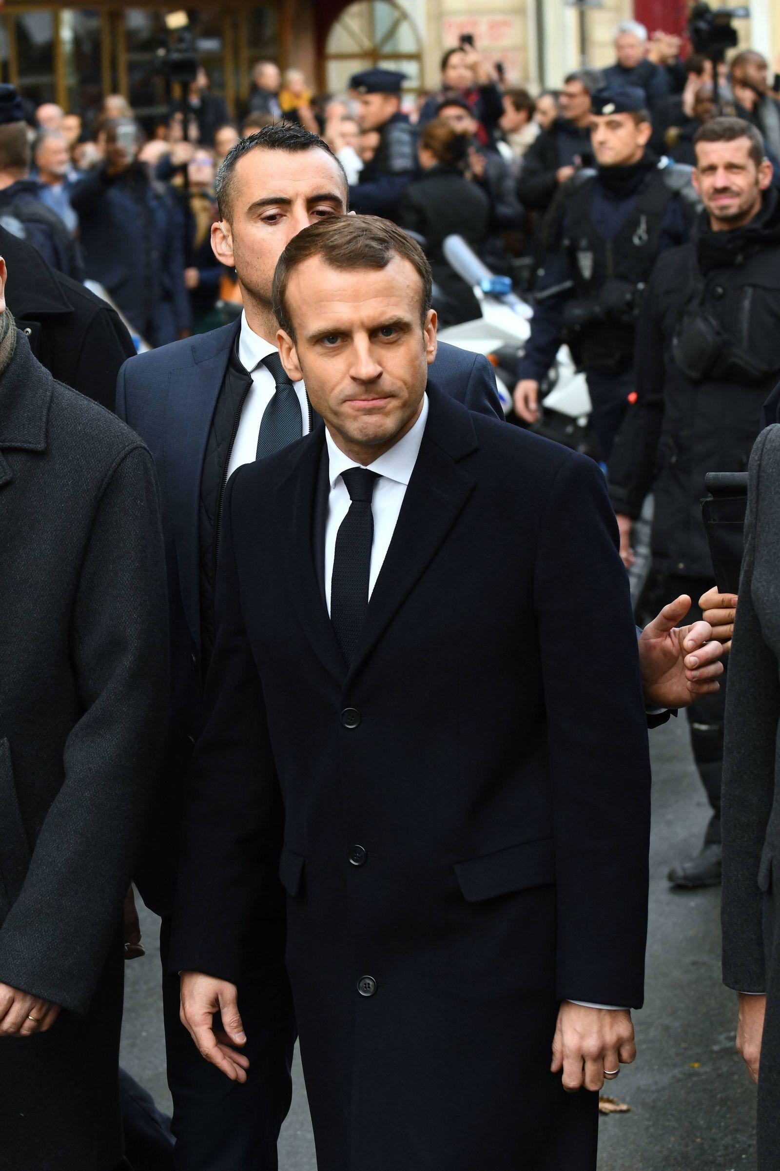 EINMALIGE VERWENDUNG SPIN 50/2018 S. 76 Gelbwesten Macron