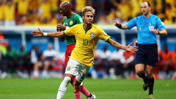 Fotostrecke: Neymars Gala-Auftritt gegen Kamerun