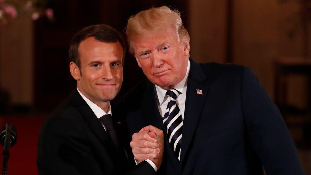 Macron bei Trump: Küsschen hier, Küsschen da