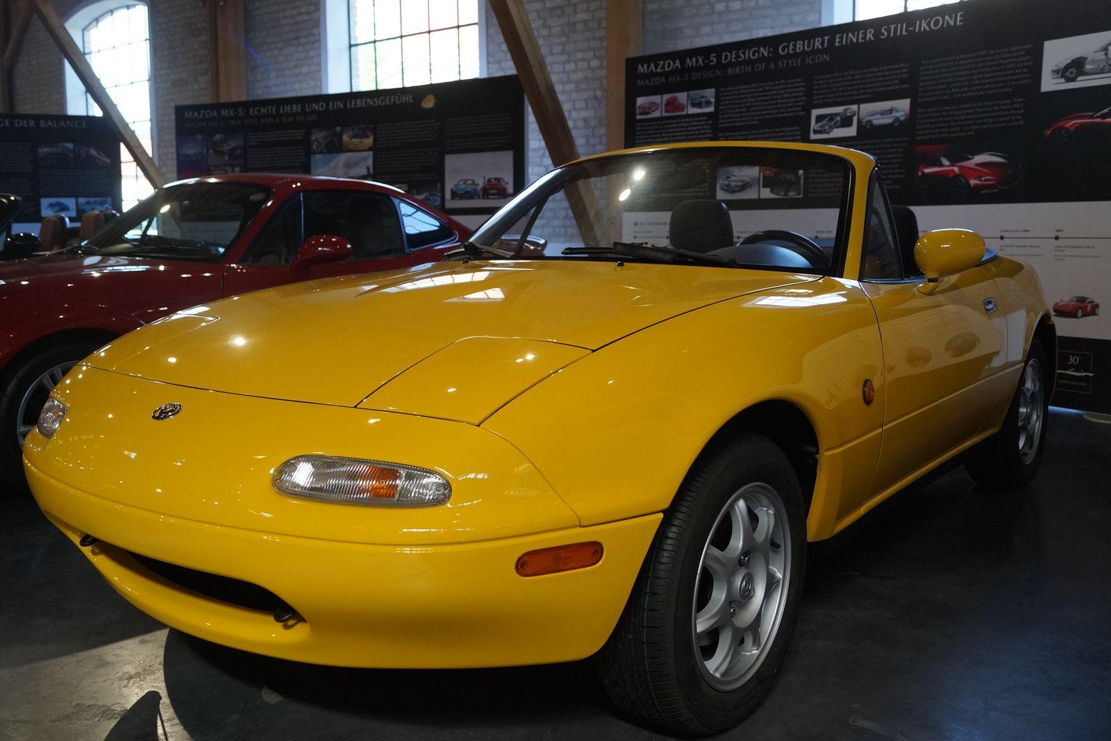 100 Jahre Mazda - MX 5
