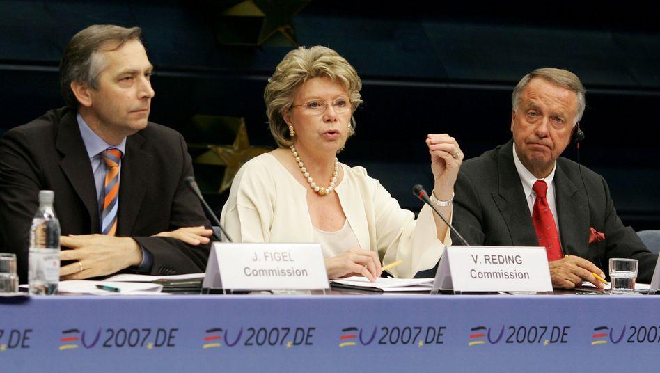 """EU-Kommissarin Reding: """"Es gibt sie noch die berühmte gläserne Decke"""""""