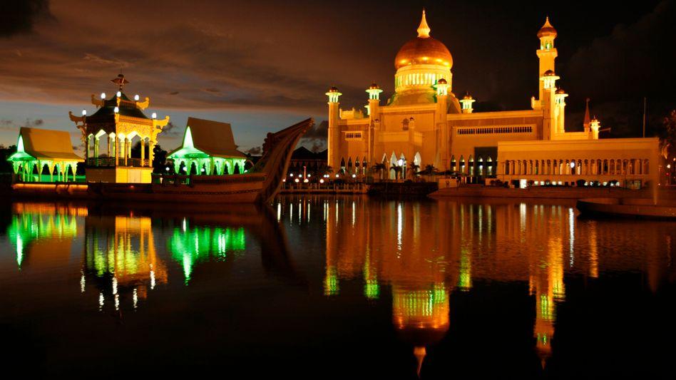 Moschee in Brunei: Kreditkarte künftig nur für Gehaltskonto