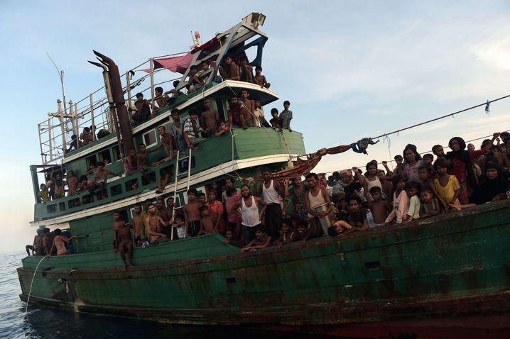 """Flüchtlinge vor Koh Lipe: """"Die Leute hatten tagelang nichts gegessen"""""""