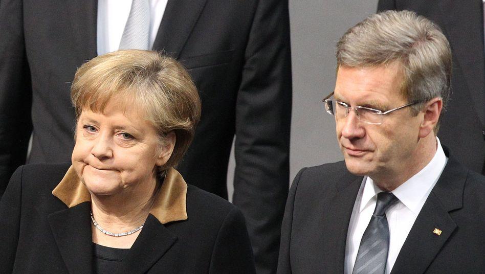 Kanzlerin Merkel, Bundespräsident Wulff: Zu jung für die Ministerpräsidentenpension