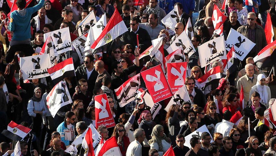 Proteste gegen Präsident Mursi: Spannungen sind zu einem Konflikt geworden