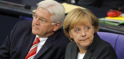 Außenminister Steinmeier, Kanzlerin Merkel: Wahlkampf in der Koalition