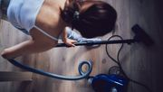 Frauen übernehmen Großteil der Haus- und Familienarbeit