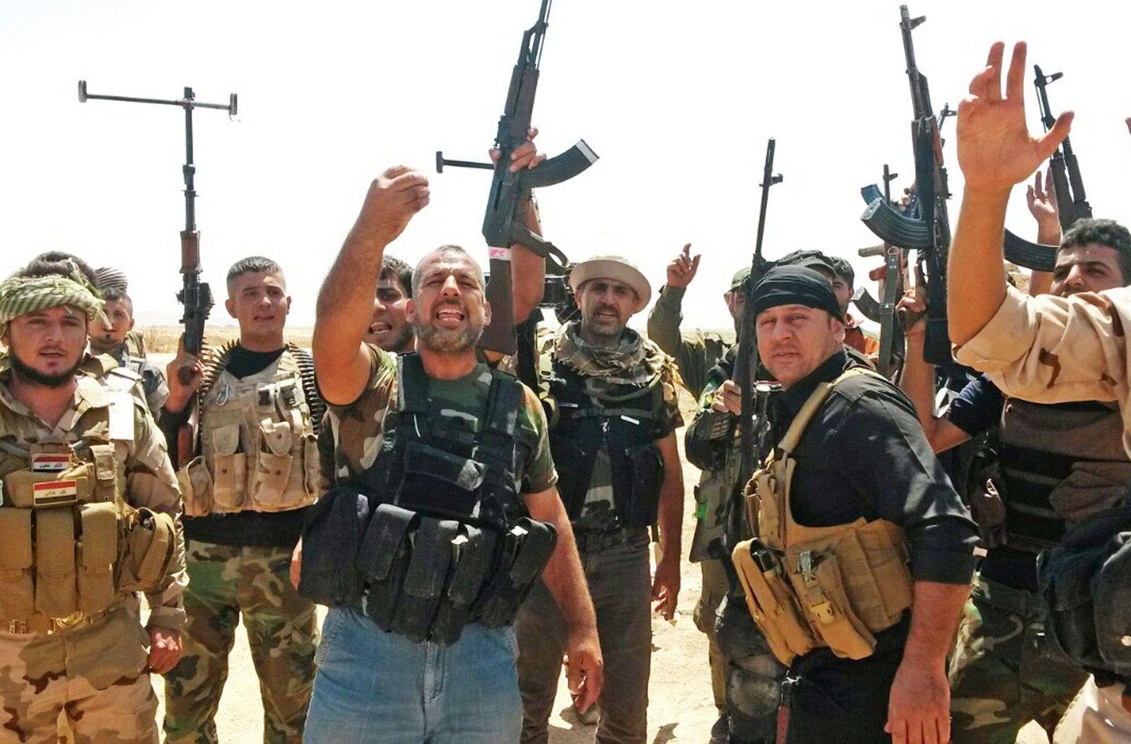 Kurdish Peshmerga fighters