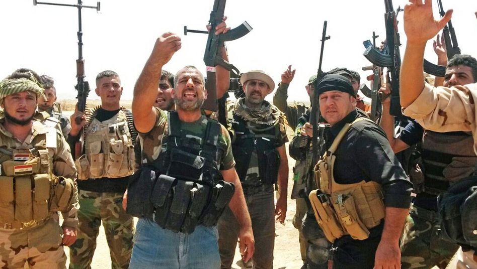 Kurdische Peschmerga-Kämpfer: Waffen aus Frankreich in Aussicht