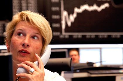 Händlerin an der Frankfurter Börse: Welche Werte sind günstig?