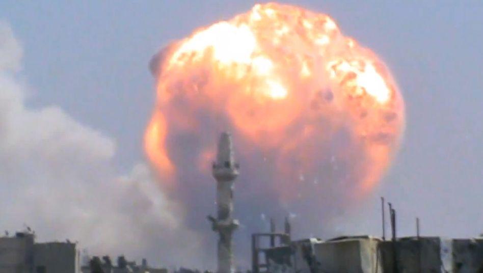 Bürgerkrieg in Syrien: Viele Tote bei Explosion eines Waffenlagers in Homs