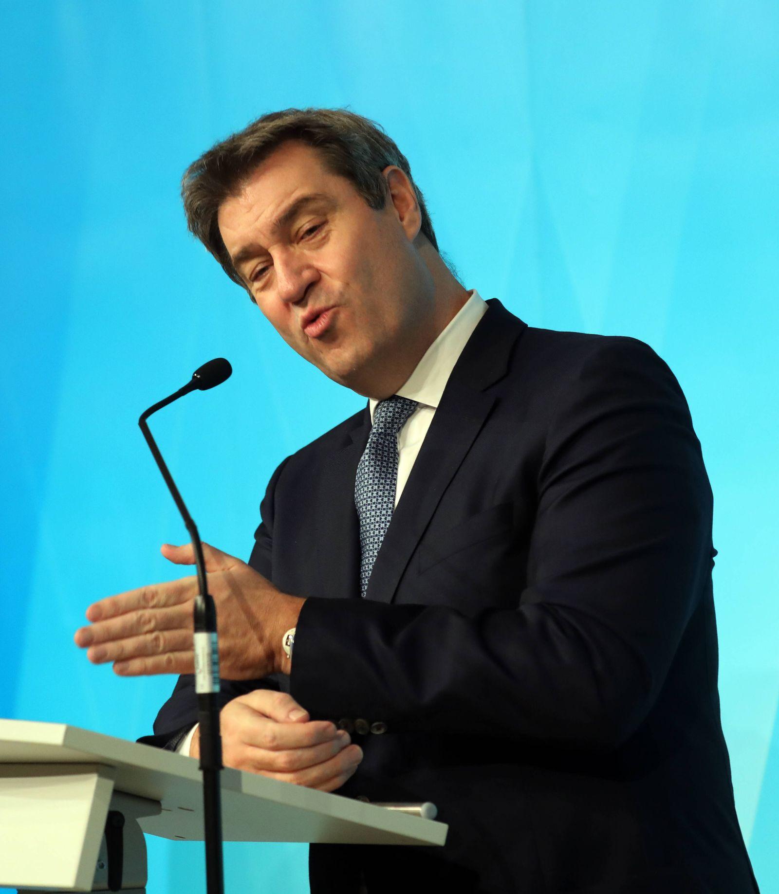 Pressekonferenz von Ministerpräsident Dr. Markus Söder Soeder ãHomeoffice-GipfelÒ Dr. Markus Söder CSU Ministerpräsident