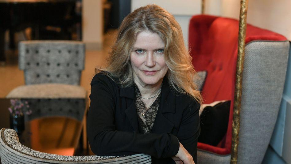 """Schauspielerin Barbara Sukowa: """"Ich hab mich immer fürchterlich gelangweilt bei Pilates"""""""