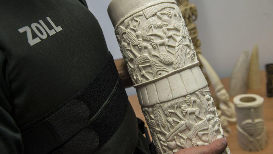 Beschlagnahmter Gegenstand aus Elfenbein (Archivbild)