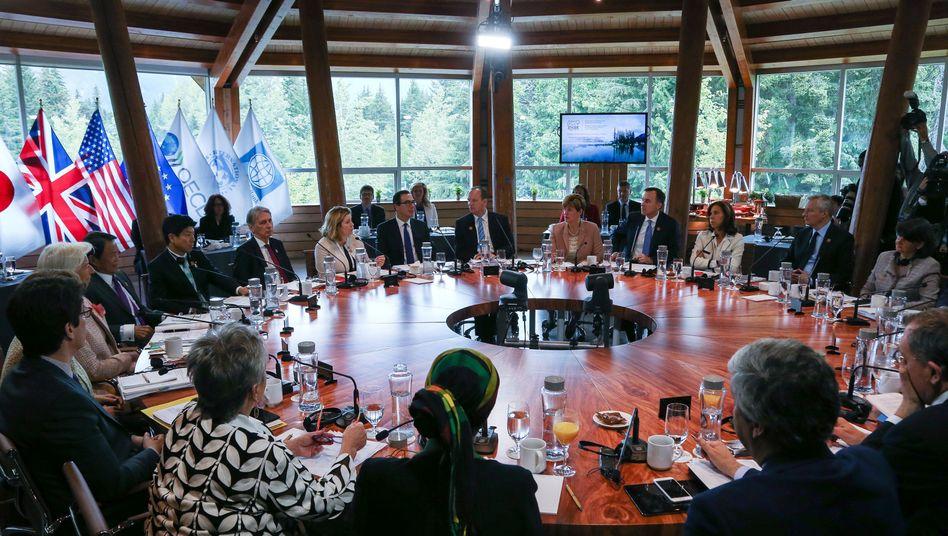 Finanzminister der G7-Staaten und Finanzexperten in Whistler