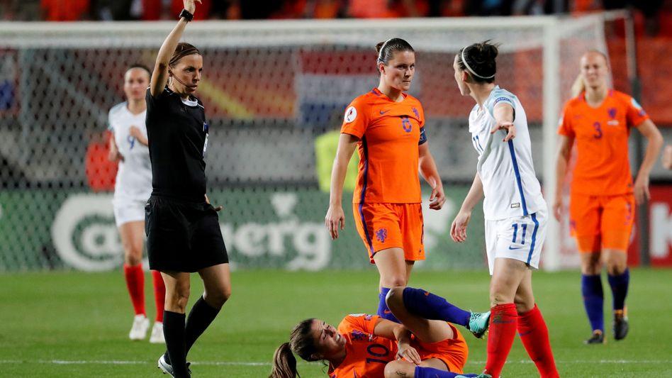 Stéphanie Frappart pfiff bei der EM 2017 das Halbfinale zwischen den Niederlanden und England