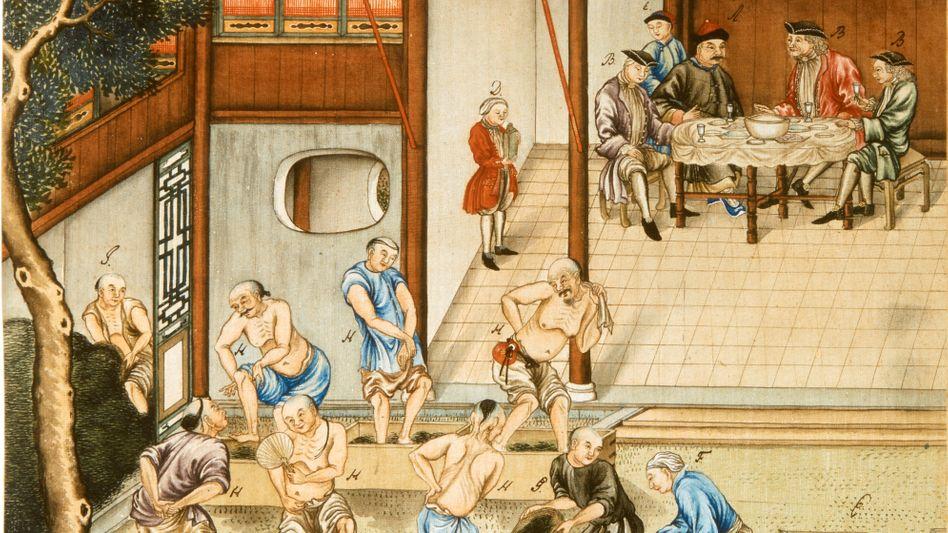 Einkaufstour: Die Seidenmalerei aus dem frühen 18. Jahrhundert zeigt europäische Händler in China, die beobachten, wie Chinesen Tee für den Transport in Kisten stampfen