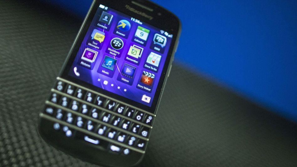 Blackberry Q10: E-Mail-Zugriff für Behörden durch die Hintertür?