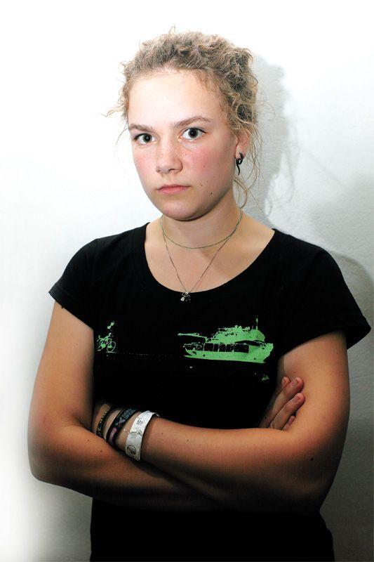 EINMALIGE VERWENDUNG Jugendkultur / Spiesser / Hippie