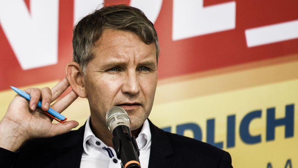 """""""Flügel""""-Begründer Höcke: Machtfrage gestellt"""