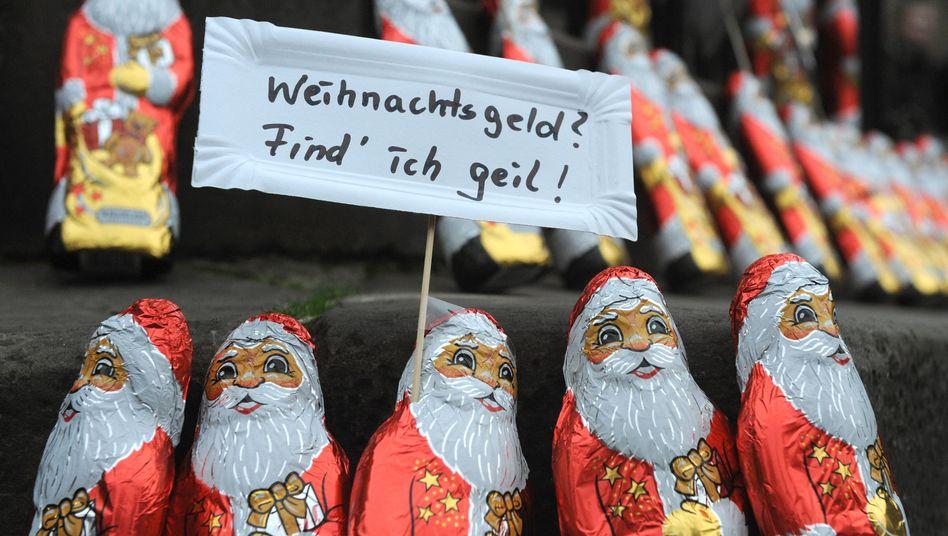 Ver.di-Aktion für Weihnachtsgeld in Bremen (Archivbild): Am wenigsten bekommen Gebäudereiniger
