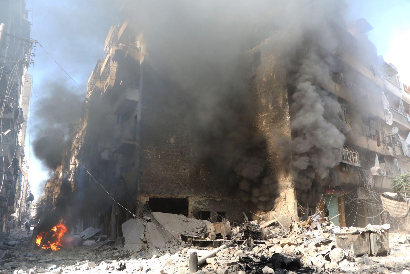 EINMALIGE VERWENDUNG SPIEGEL Plus Zerstörte Häuser in Aleppo