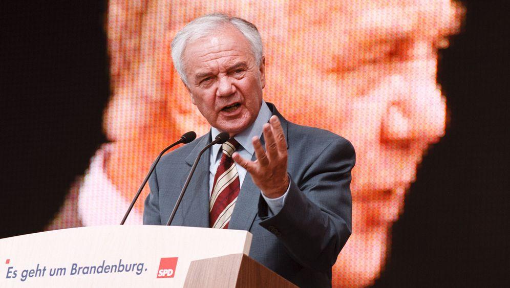 Manfred Stolpe: Kirchenjurist, Ministerpräsident, Bundesminister