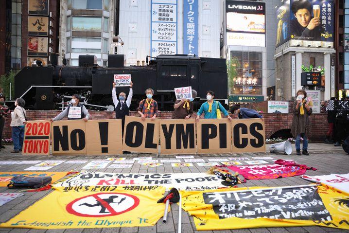 Demonstration gegen Olympia in Tokio