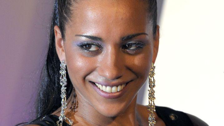 Nadja Benaissa: Leben mit dem Virus