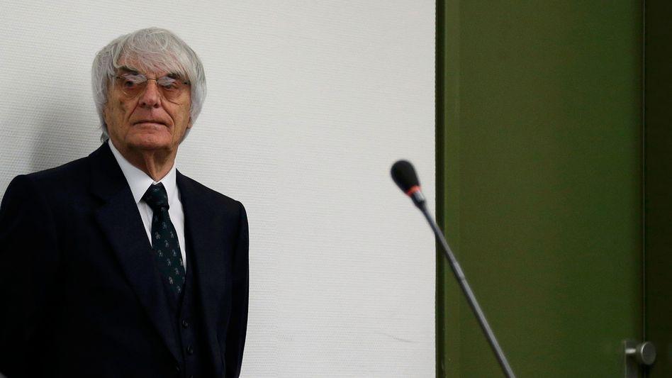 Ecclestone im Münchner Gericht: Staatsanwaltschaft akzeptiert Angebot.