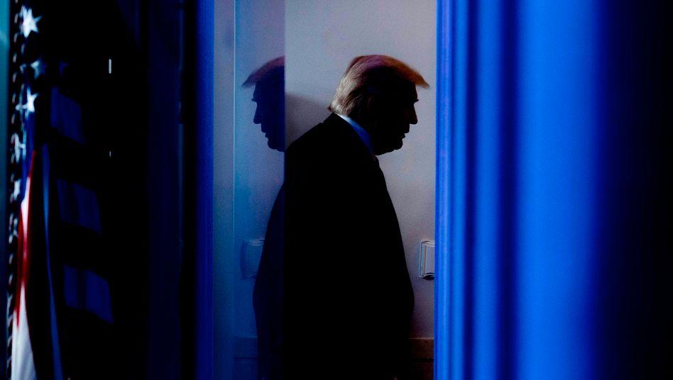 Donald Trump (Archivbild aus April 2020): Der Druck wächst immer weiter