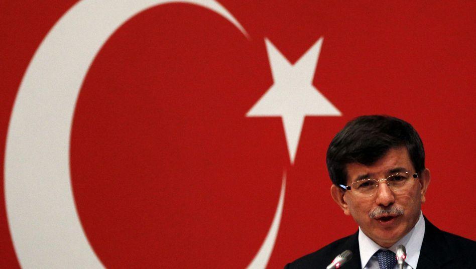 """Türkischer Außenminister Davutoglu: """"Keine Chance zu überleben"""""""