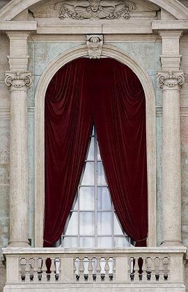 Loggia des Petersdoms: Hier wird der Name des neuen Kirchenoberhaupts verkündet werden