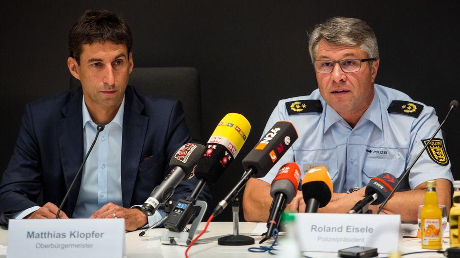Oberbürgermeister Matthias Klopfer und Polizeipräsident Roland Eisele