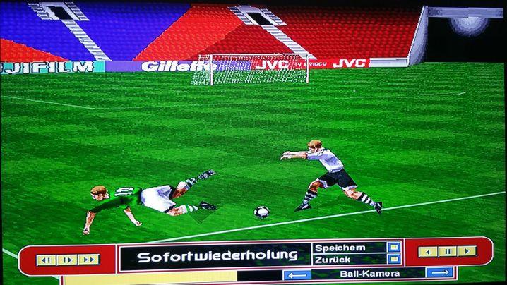"""Attacke in """"Fifa 98"""" (wurde nicht abgepfiffen)"""