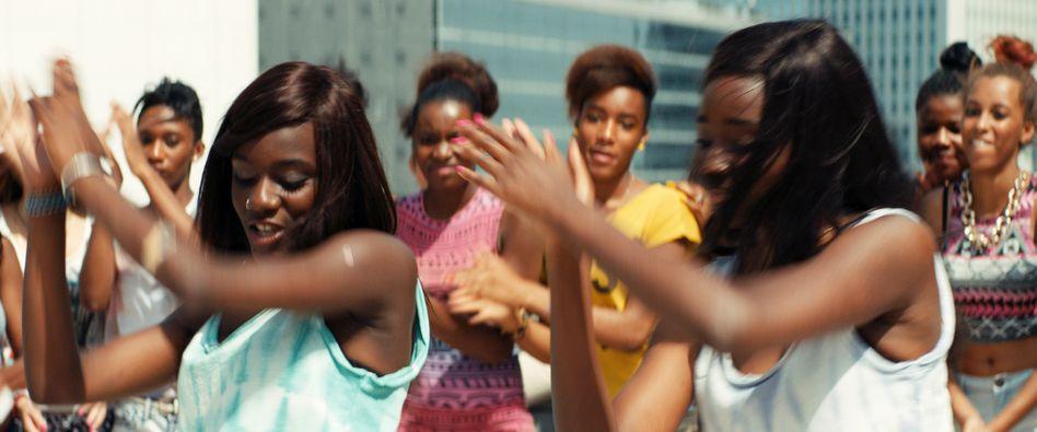 Film über Mädchengang: Vogelfrei in der Vorstadt