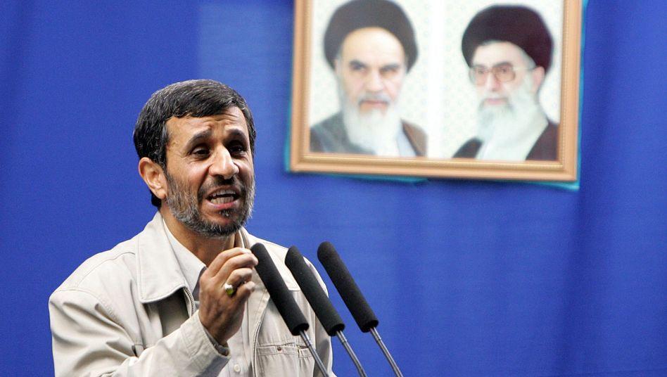 Irans Präsident Ahmadinedschad: Kurswechsel in Teheran?