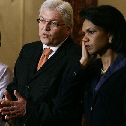 Steinmeier und Rice (Archivbild): Dialog und Rüstung