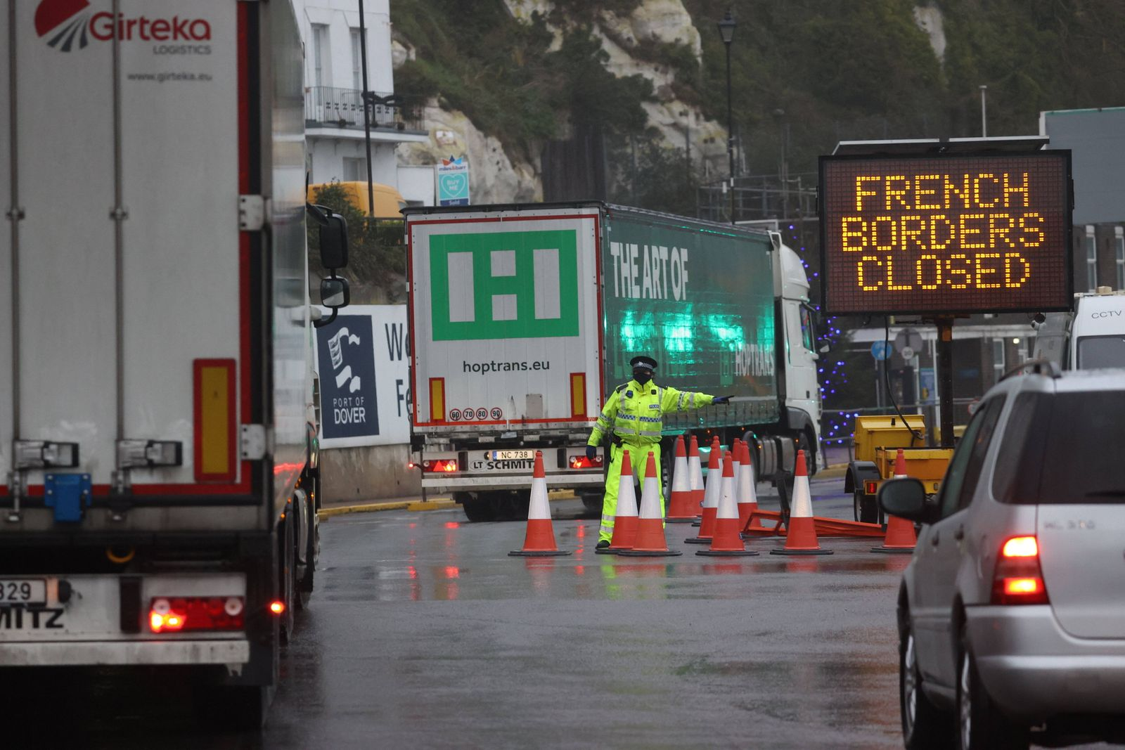 . 21/12/2020. Kent , United Kingdom. Dover docks in Kent closed after France shut its borders from the UK following the