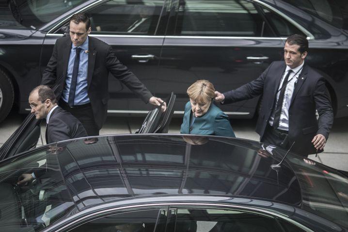 """Kanzlerin Merkel: """"Mit Steuermitteln die Gesundheit der Bevölkerung gefährdet"""""""