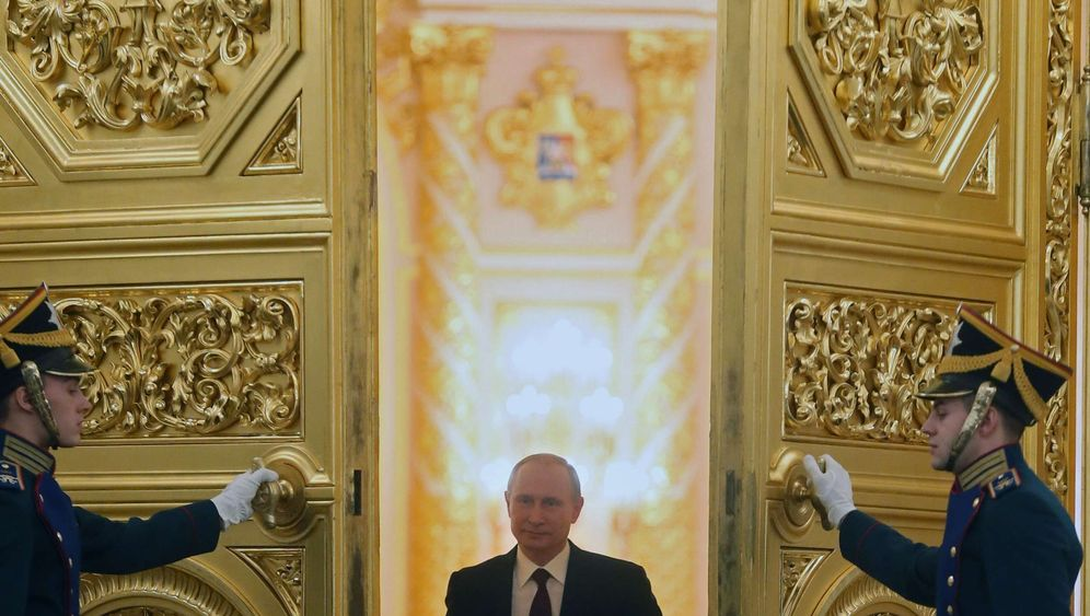 Photo Gallery: Russia's Imperial President