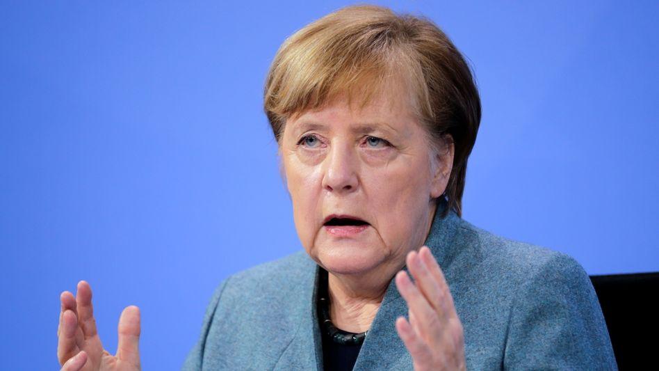 Bundeskanzlerin Angela Merkel auf der Pressekonferenz nach Ende des Impfgipfels