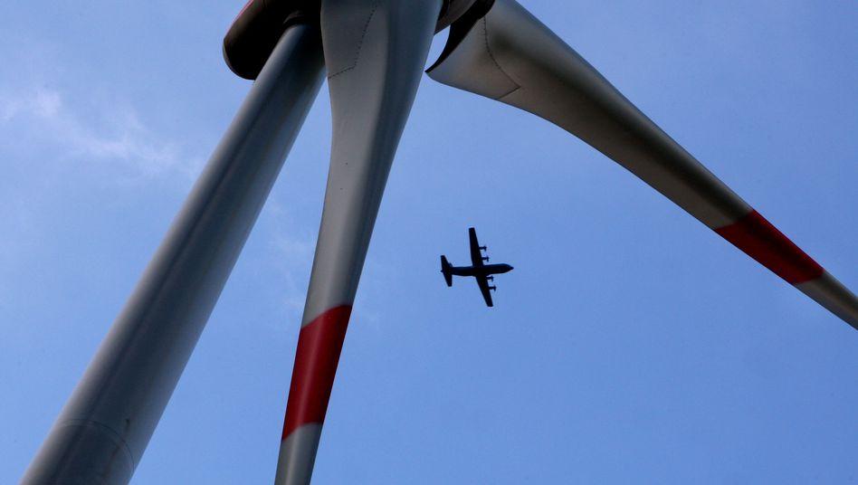 """Windenergie vs Flugsicherheit: 208 Windparks sind derzeit """"blockiert"""""""