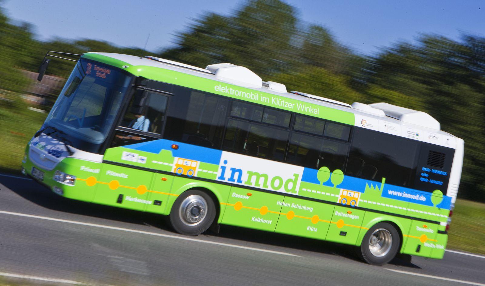 Elektrobusse/ McPom