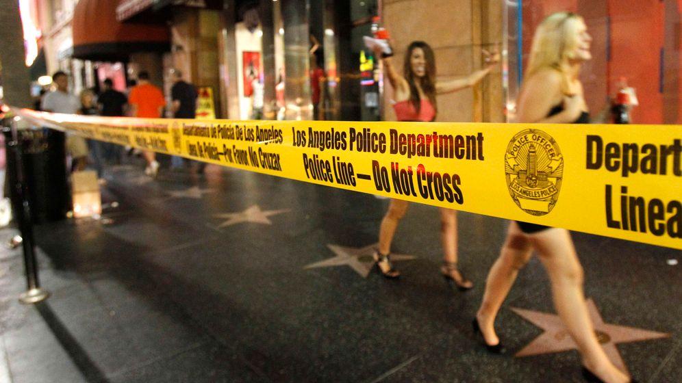 Filmpremiere: Party hinter der Polizeiabsperrung